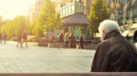 Corona skördar liv inom äldreomsorgen